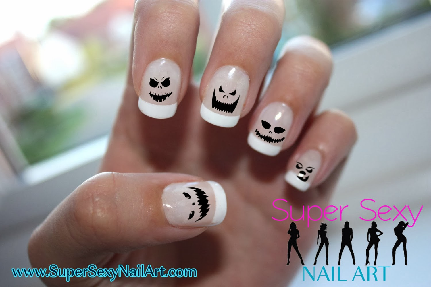 24 Halloween Scary Pumpkin Faces graphic art nail designs for your fingers  and toes. - Halloween Scary Pumpkin Nail Art Skullsandstuff