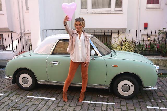 chloeschlothes - coeur et voiture vinage