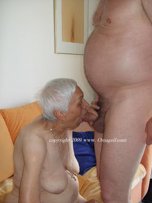 granny with saggy tits sucking dick