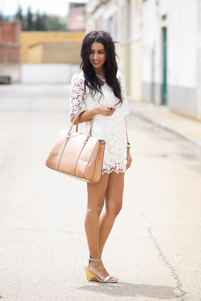 Outfits Con Vestido Blanco De Encaje U2013 Vestidos De Moda De Esta Temporada