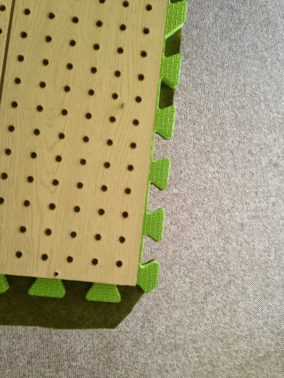 How to wipe stitches on tiles: practical tips