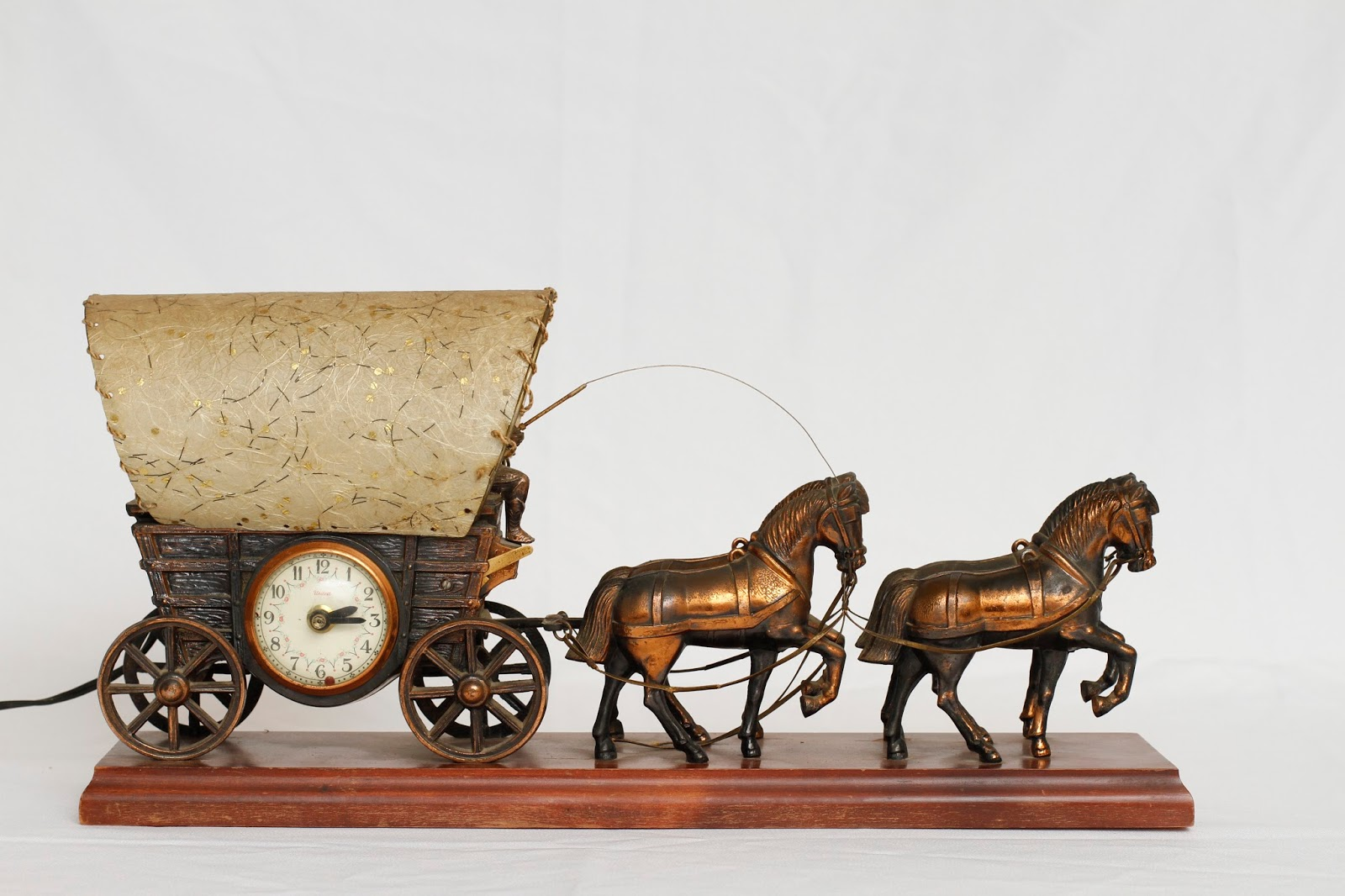 Vintage Covered Wagon Stagecoach Lamp Clock