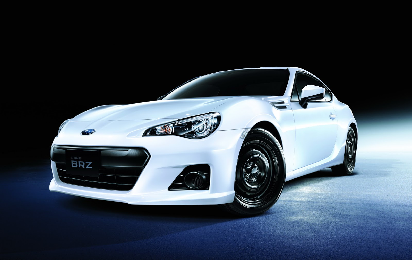 Subaru Gives Brz Some Light Improvements In Japan For 2015