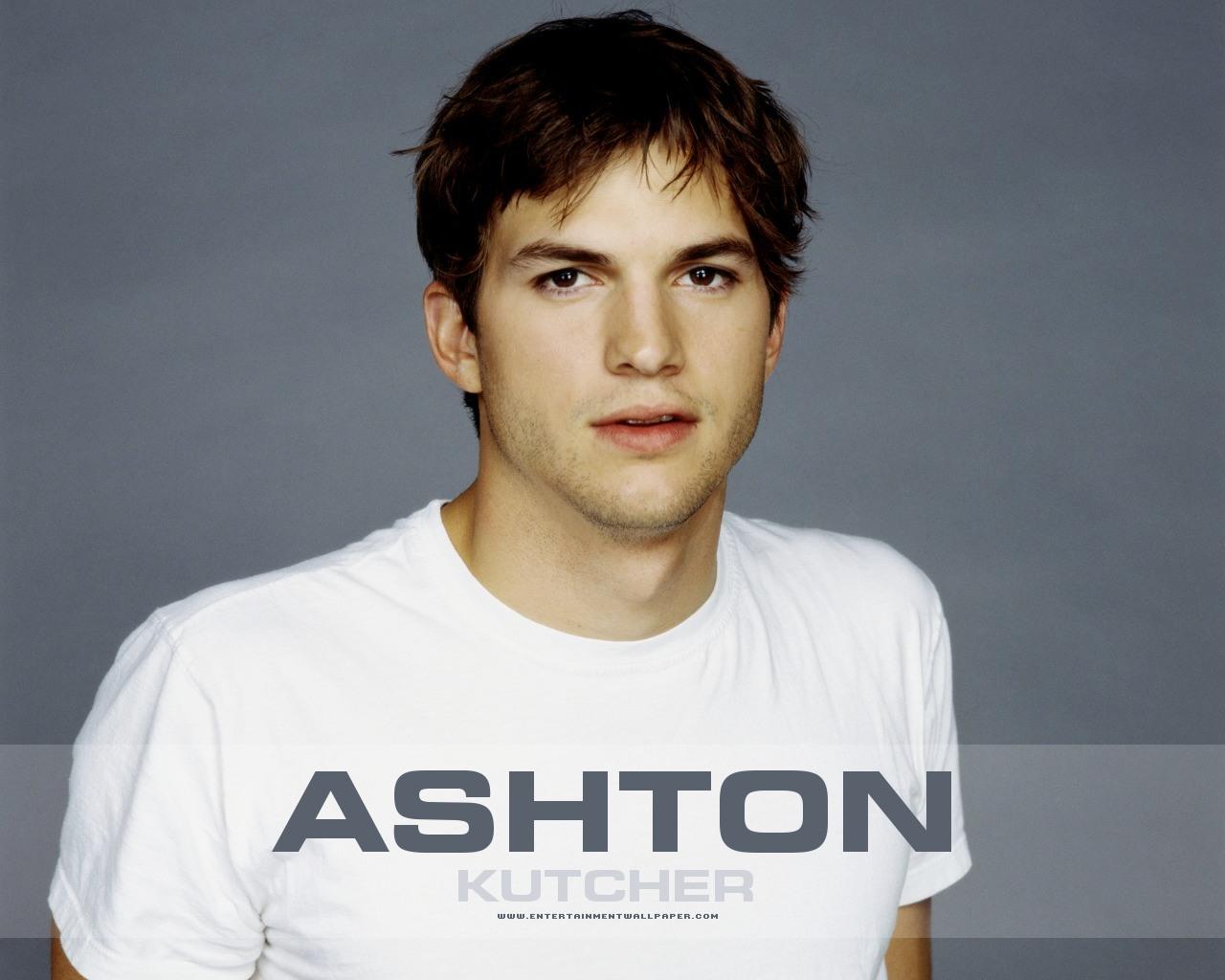 http://2.bp.blogspot.com/-xXKP-OBN9kU/Tjfk_qVhEcI/AAAAAAAABbw/Tey5YoWQJsw/s1600/ashton_kutcher01.jpg