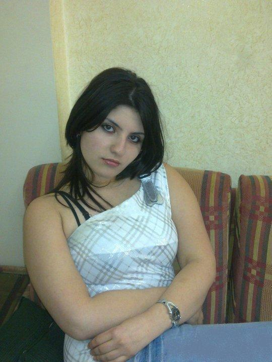 hot muslim arab women photos