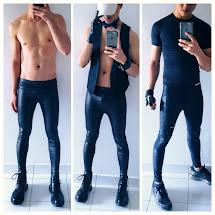 Meggings, leggings  pour hommes ; latex,