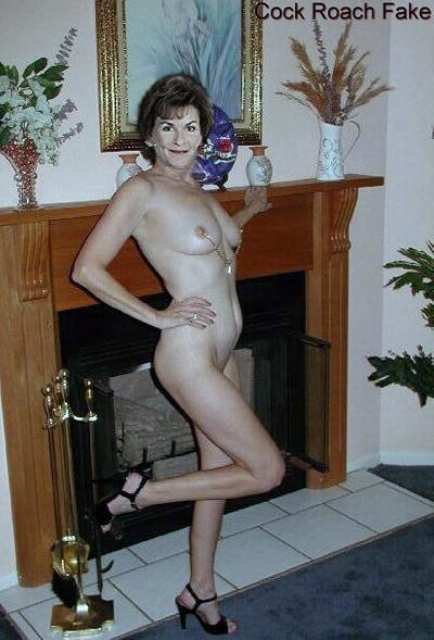 naked chubby brunette girl