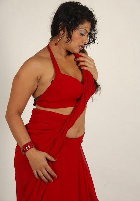 swathi varma ,armpit in red saree unseen pics