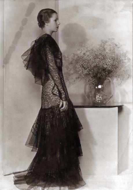 Miss sixties vintage fashion fashion moment for Art deco era clothing