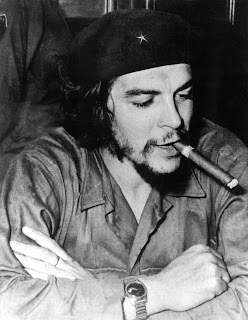 "<a href="" http://2.bp.blogspot.com/-xYoYBrXkRPk/UNGSY9prNiI/AAAAAAAAAck/RrU4yTS4Uak/s320/7.jpg""><img alt=""che guevara,revolusi,revolusioner,argentina,bolivia,romantis"" src="" http://2.bp.blogspot.com/-xYoYBrXkRPk/UNGSY9prNiI/AAAAAAAAAck/RrU4yTS4Uak/s320/7.jpg""/></a>"