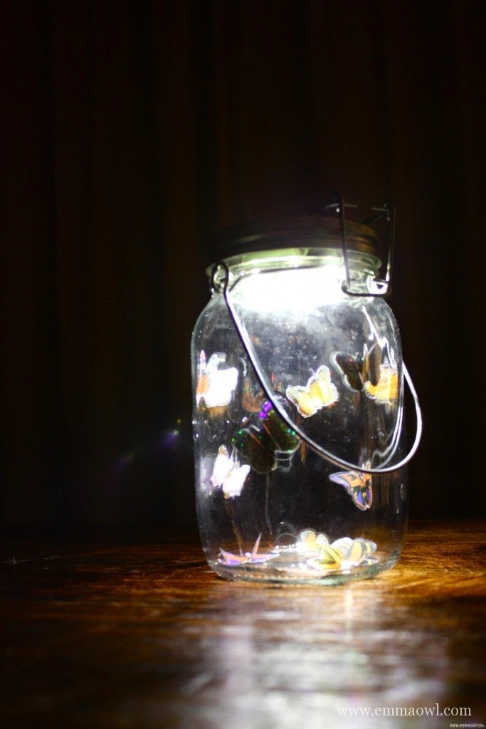 http://www.emmaowl.com/blog/solar-panel-butterfly-light-jar-beautiful-recycled-glass-jar-project/