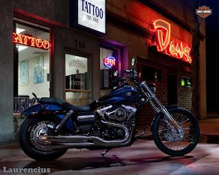 Harley-Davidson-Dyna_Wide_Glide_FXDWG