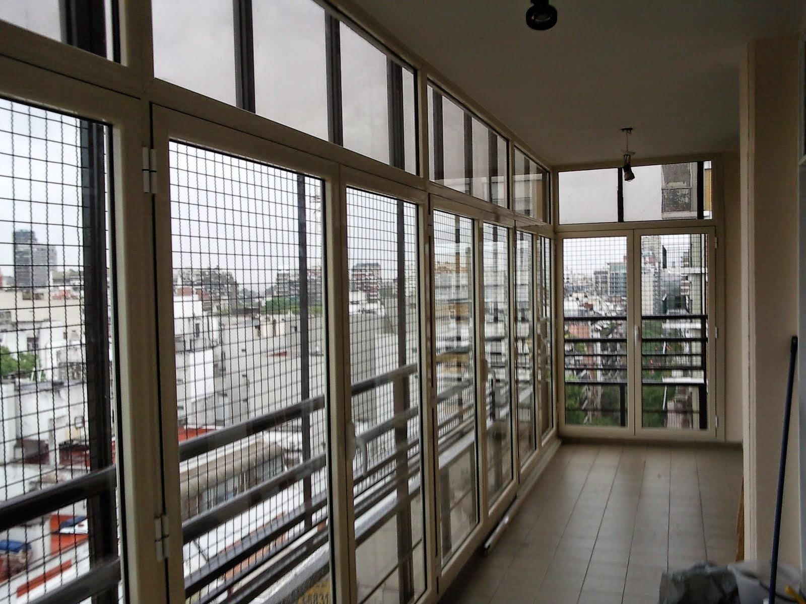Aumente su cocina con un cerramiento cerramientos for Como cerrar un balcon