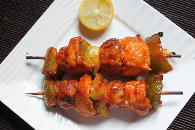 Spicy Chicken Skewers Recipe / Chicken Kebabs Recipe