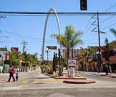 Baja california for Mueblerias famosas