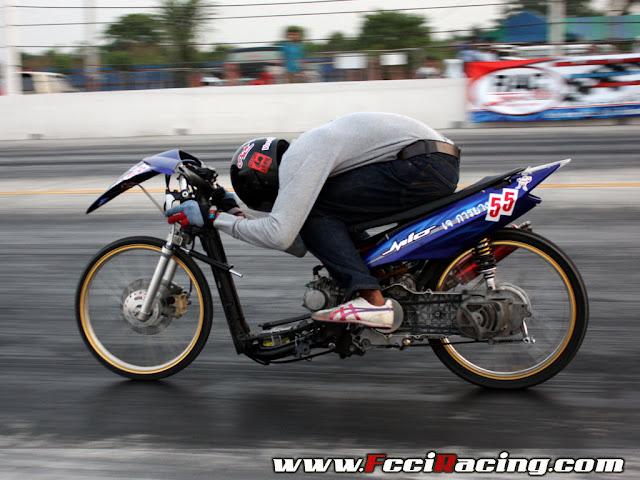 Race Motorcycle Drag Racing