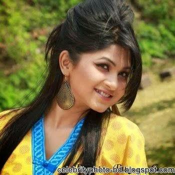 Bangladeshi+model+and+actress+Orchita+Sporshia's+Hot+Photos004
