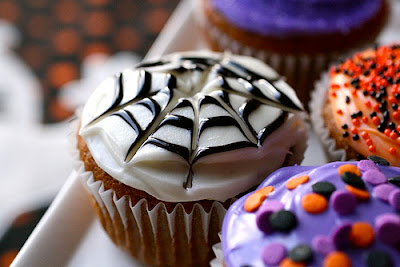 Halloween Cupcakes by Annie's Eats