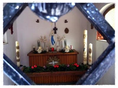 Weihnachtliche Kapelle