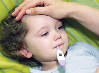 خطوات مهمة وسريعه لخفض درجه حراره الاطفال قبل زيارة الطبيب