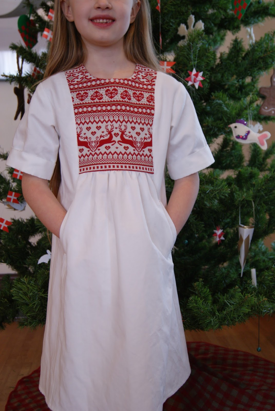 Scandinavian Christmas dress by nest full of eggs
