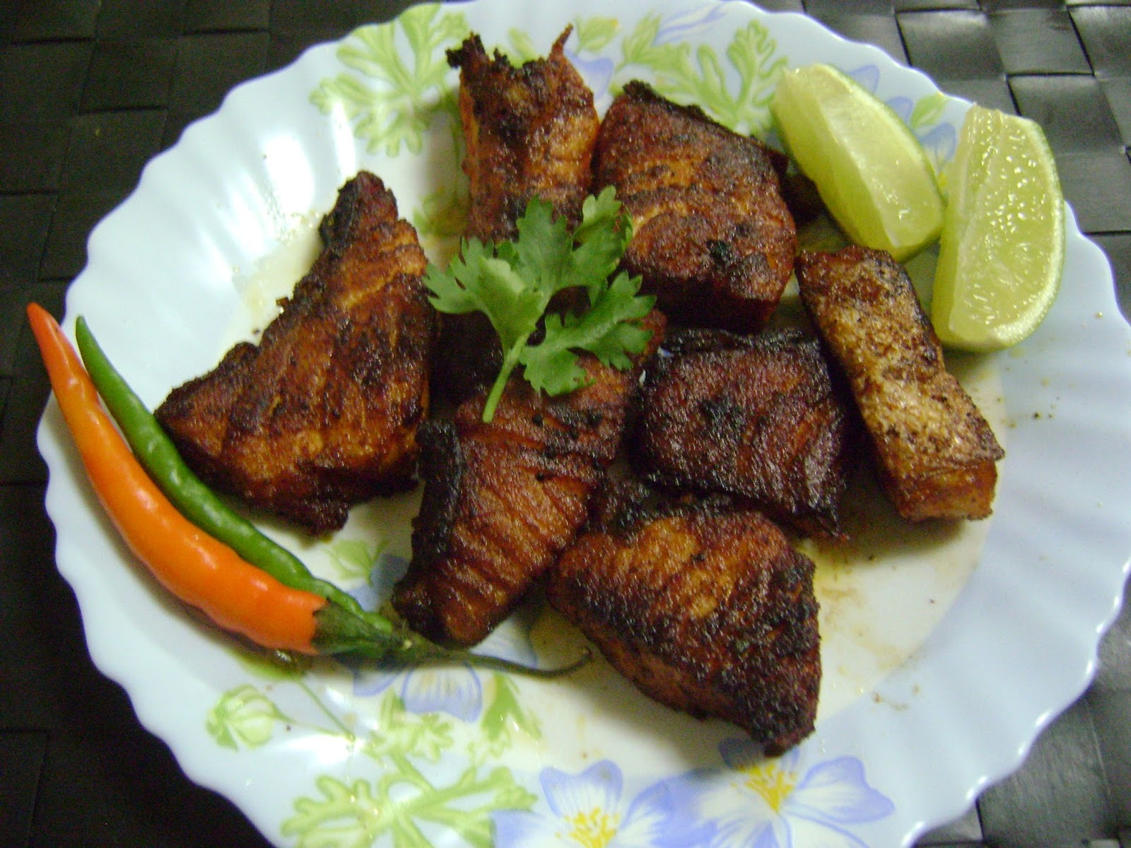 Bethica 39 s kitchen flavours salmon fish fry for Best oil to fry fish