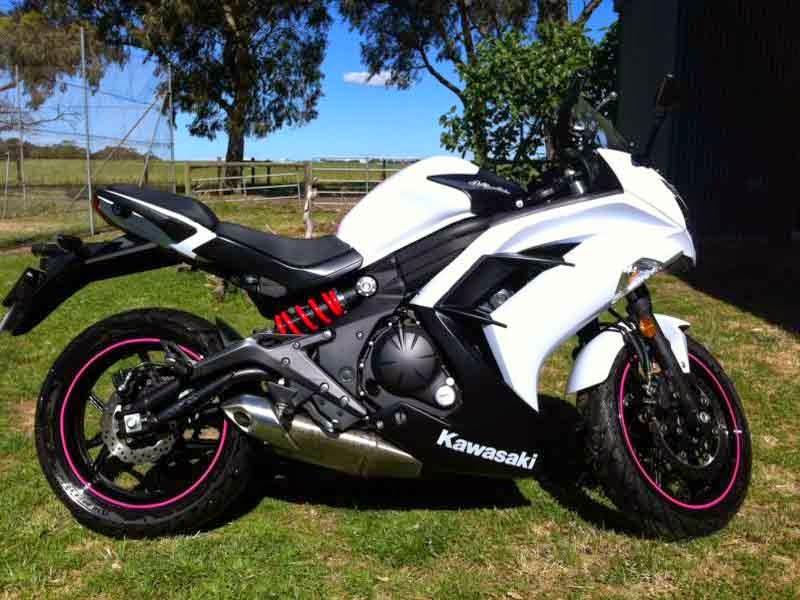 2013 Kawasaki Ninja 650 Black White