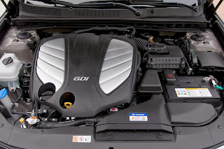 2014-Hyundai-Azera-Photo-engine