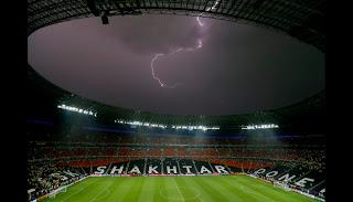 Rayo en pleno estadio