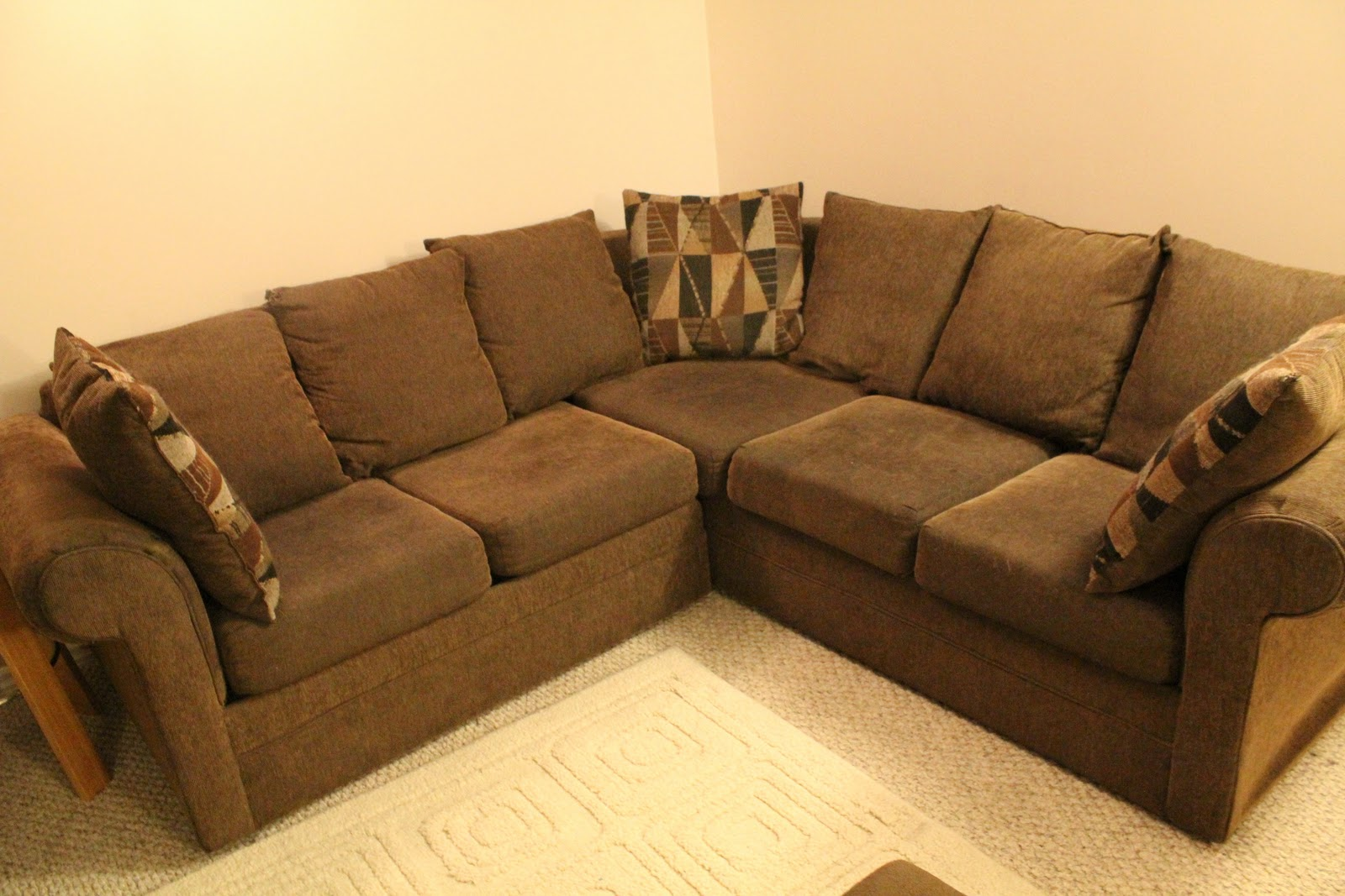 40acre Couch