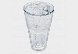 Manfaat Air Putih untuk Diet