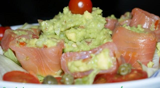 Ensalada Con Rollitos De Salmón Y Guacamole