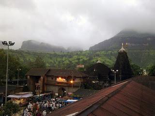 Trimbakeshwar Temple Jyotirlinga Nashik Road Maharashtra