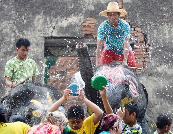 مهرجان الربيع, مهرجان Songkran,