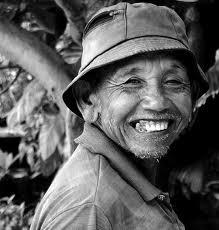 Tersenyum Ketika Mbah Google Mulai Aneh-Aneh