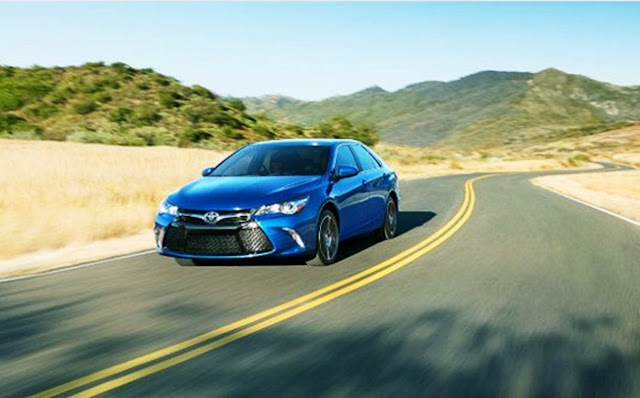 2017 Toyota Camry LE Specs, Features and Price