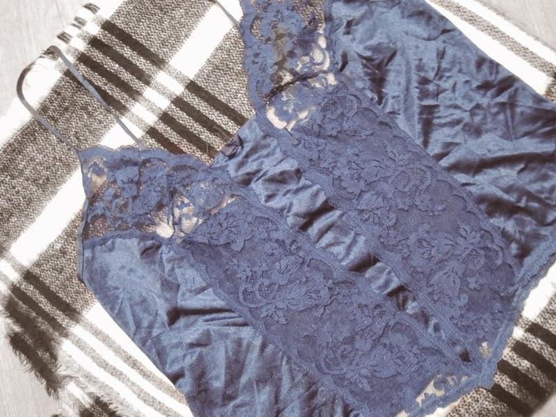 Dark Blue Lace Top Vintage