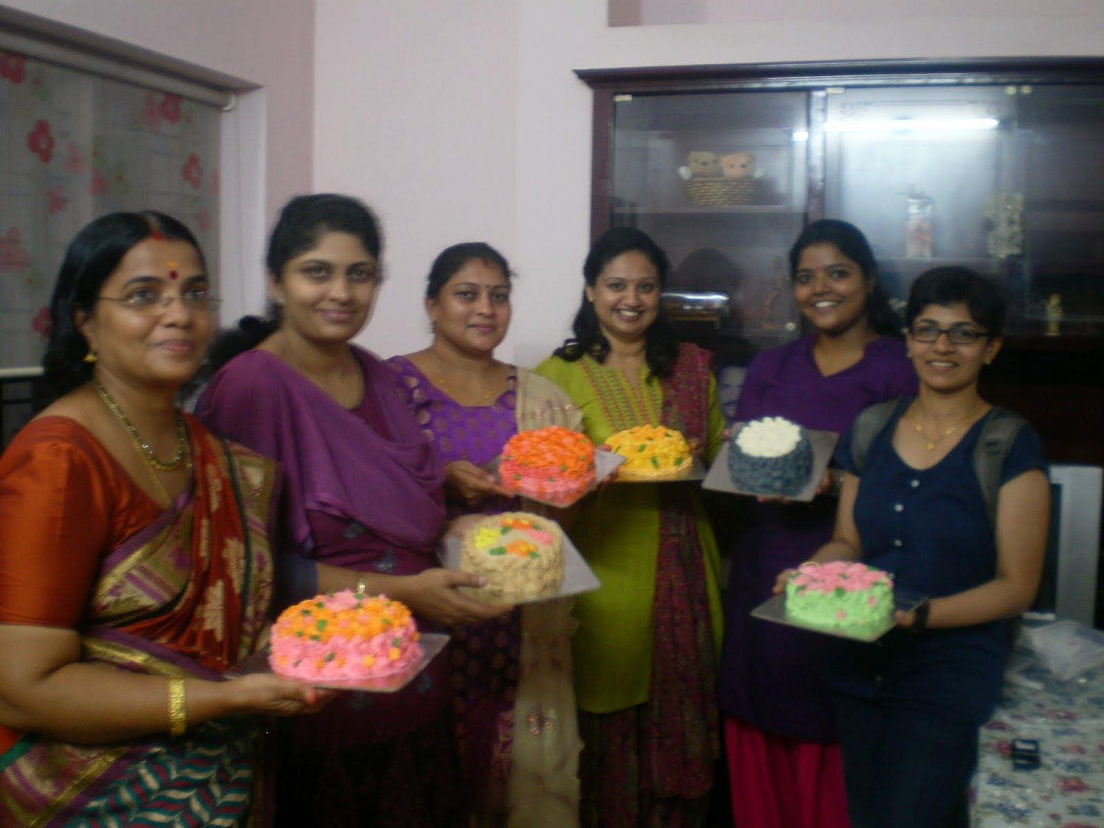 Cake Making Classes In Mysore : Foodie Delights Bangalore - Life n Spice: Trivandrum Cake ...