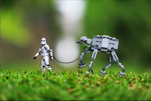 00-Front-Page-on-500px-Life-of-a-Stormtrooper-www-designstack-co