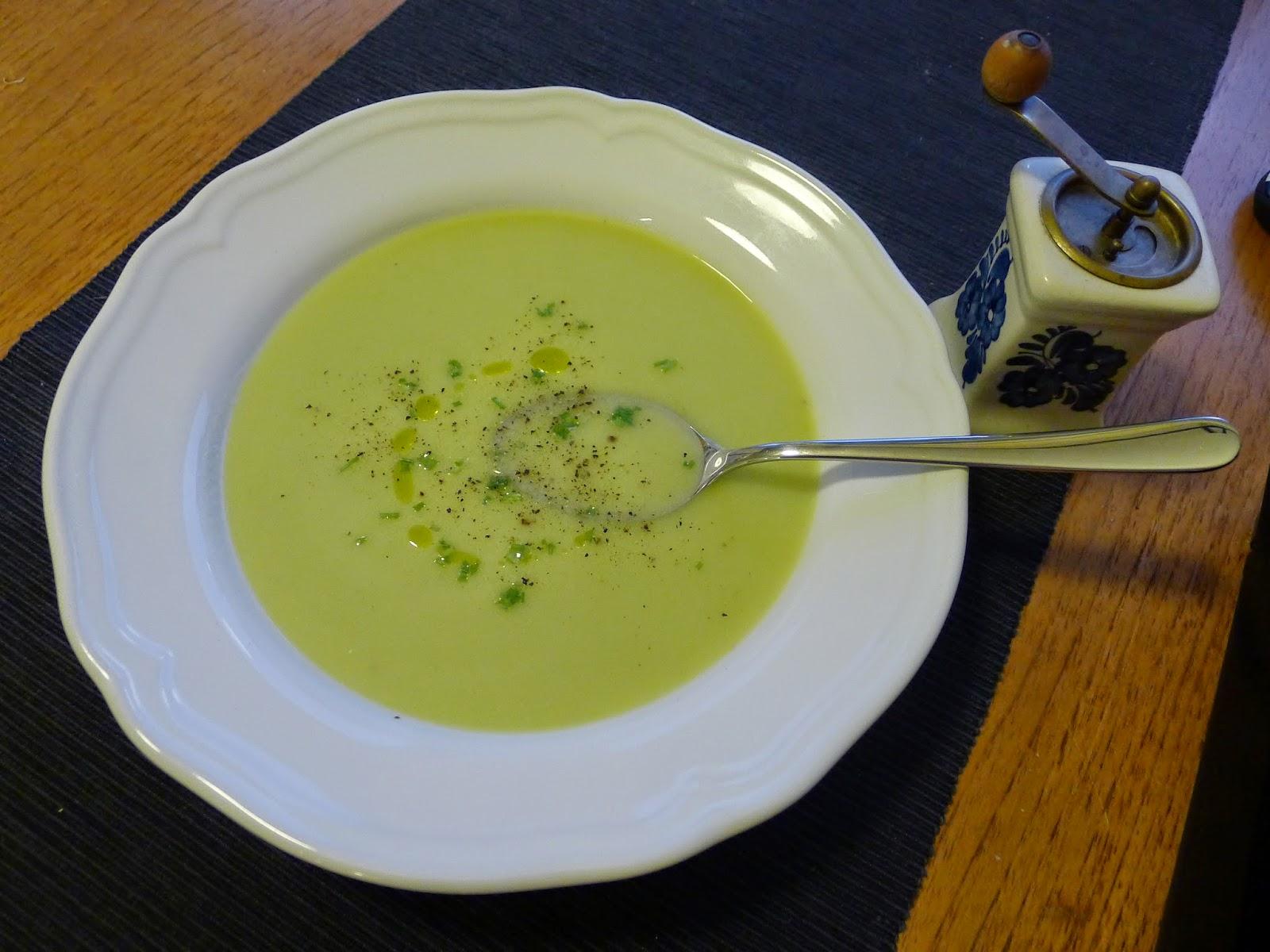 Zemiakovo-pórová polievka (Vichyssoise)