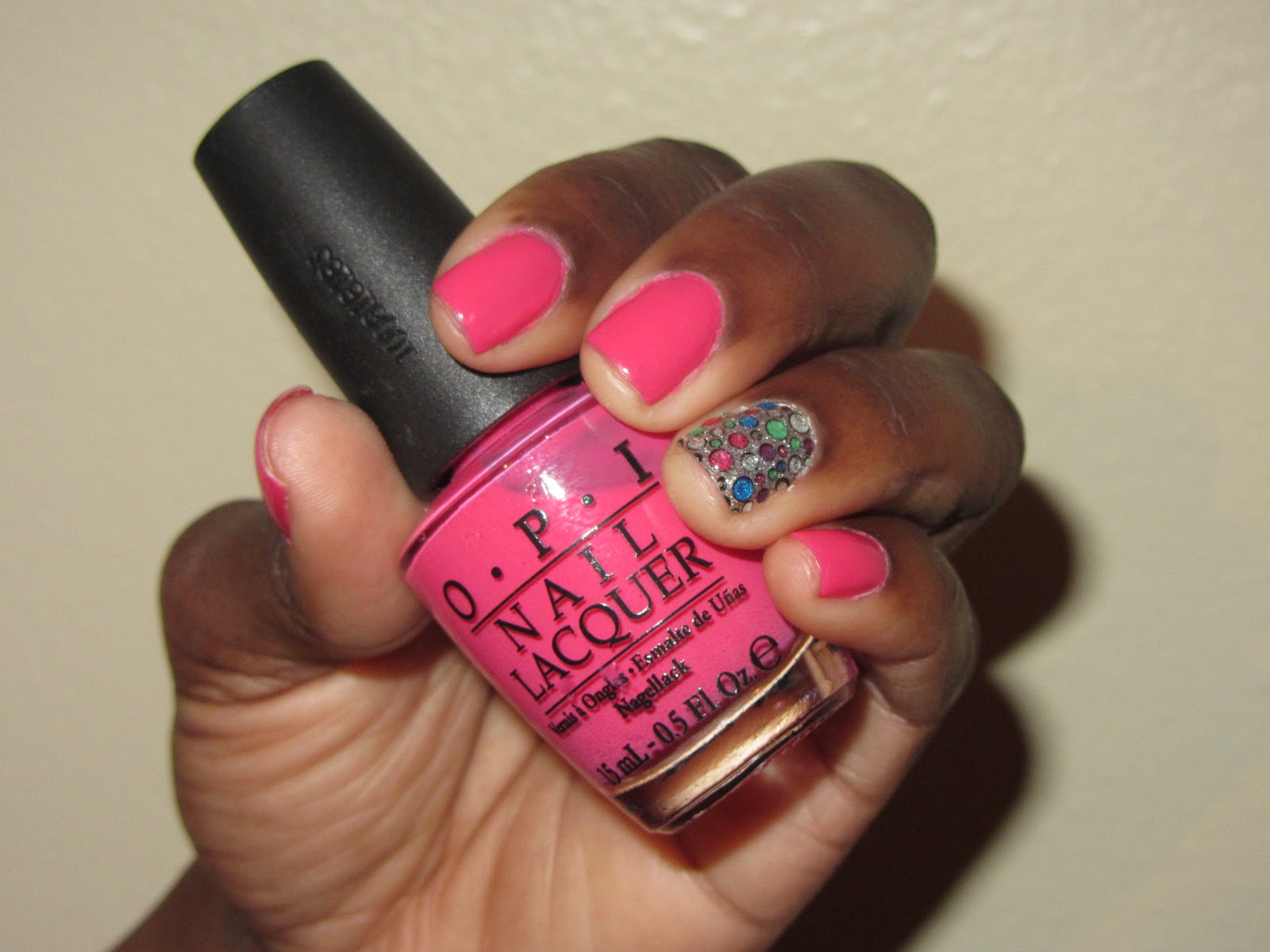 Kikistyles: Nail of the Week - Kiss Nail Dress