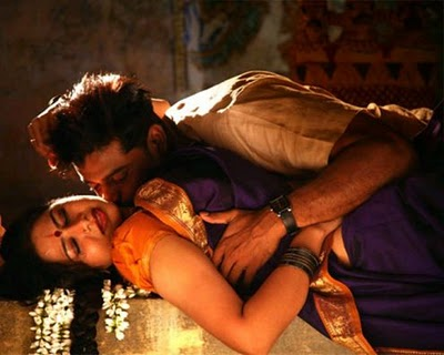 kissing photos of tamil actress. Tamil Actress Navel Kissing