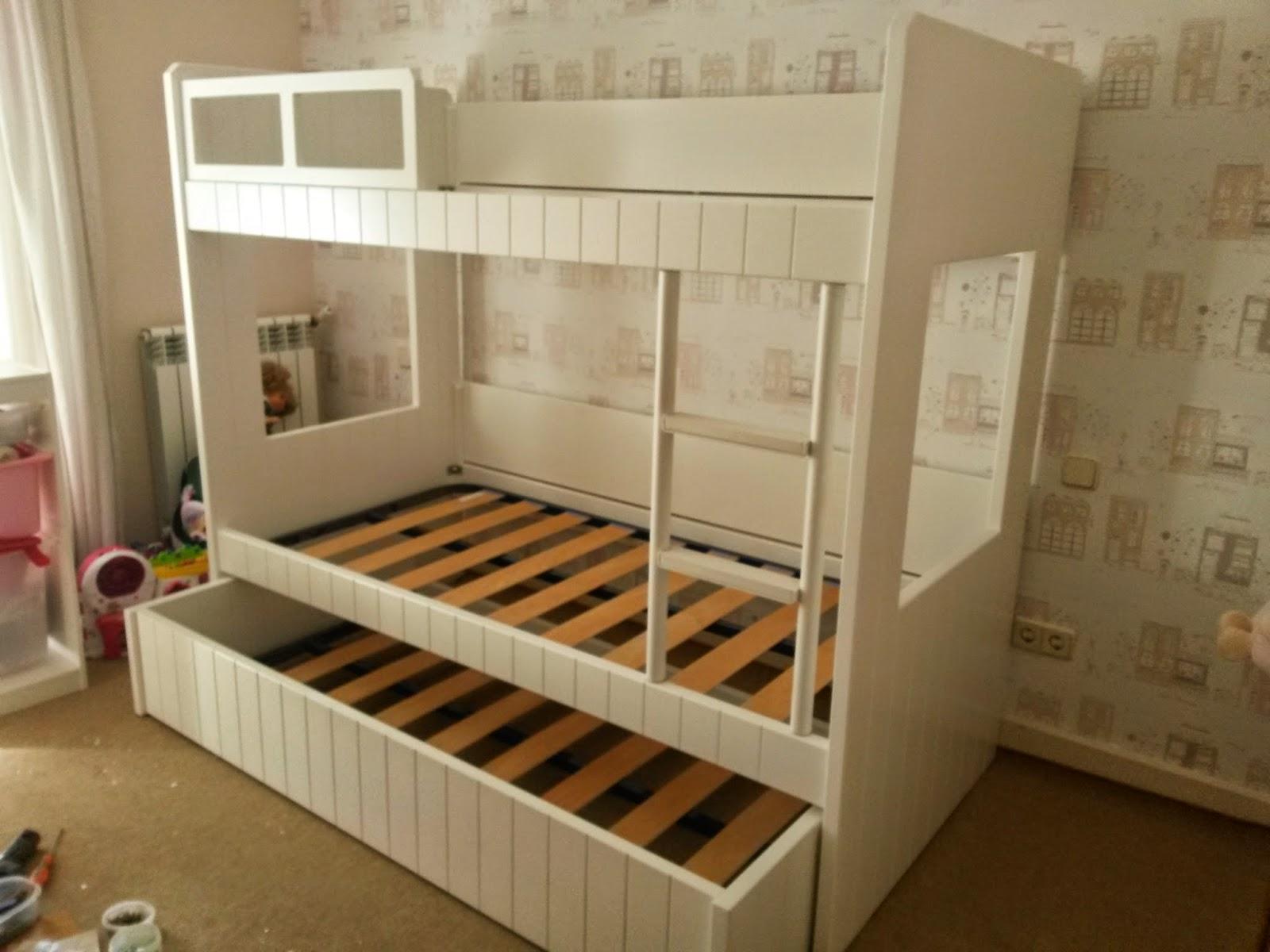 Muebles a medida litera con cama nido lacada en blanco - Literas lacadas en blanco ...
