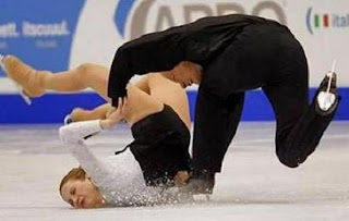 Unfortunate Ice Skating Accidents- 2349ja.blogspot.com