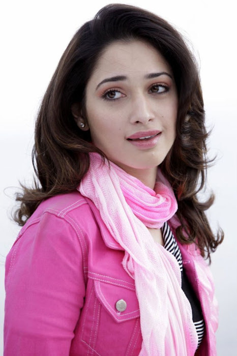 tamanna from racha cute stills