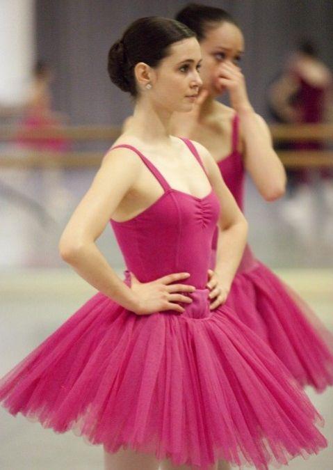 Excepcional Tiendas De Ropa De Baile Lincoln Motivo - Colección del ...