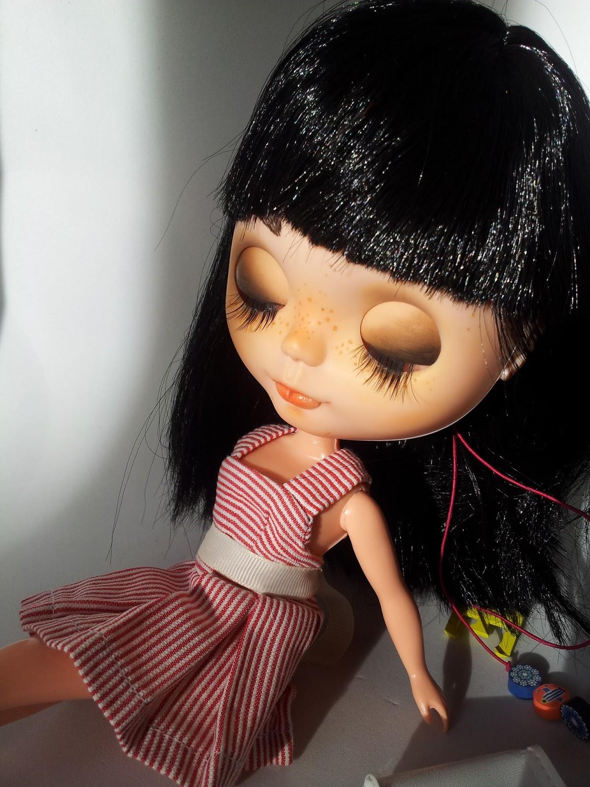 muñeca customizada a mano por Dulce desepera