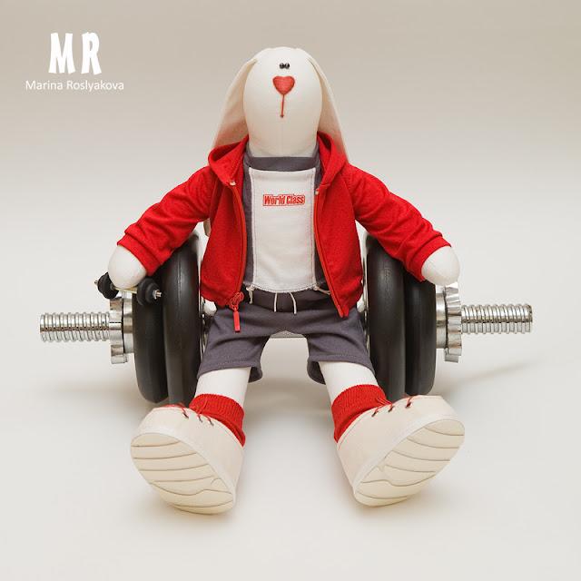 Фитнес-заяц. Зайчик в спортивной одежде. Игрушки ручной работы от Марины Росляковой. Hand made. Текстильная игрушка