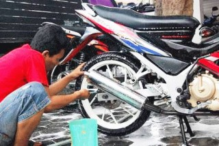 Cara Memulai Bisnis Cuci Motor/Mobil Tanpa Saingan