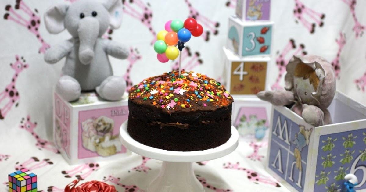 Green Gourmet Giraffe: WSC Vegan chocolate cake and Peppa Pig